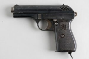 The vz27 was a typical Israeli Carry pistol